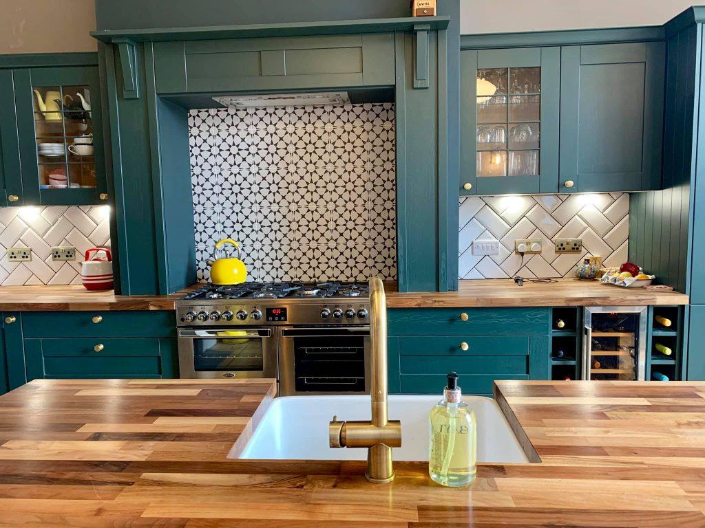 Green Style Shaker Kitchen